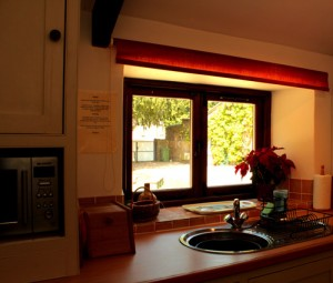 Wrinkle Mead Self-Catering Cottage Kitchen, Wells