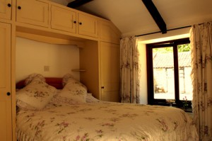 Wrinkle Mead Self-Catering Cottage, Double Bedroom, Wells